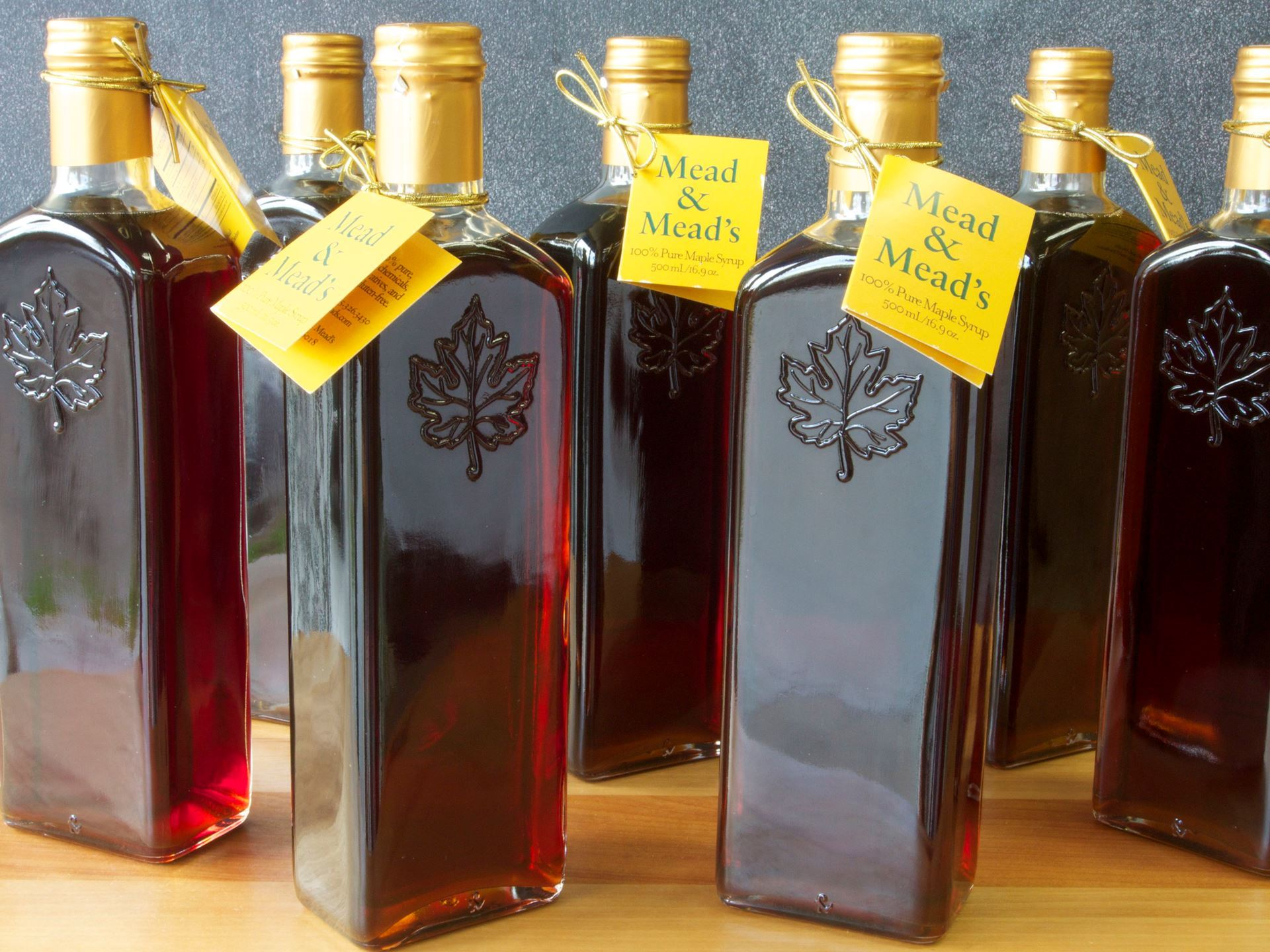Picture of Mead & Mead's Grade A Maple Syrup (large)