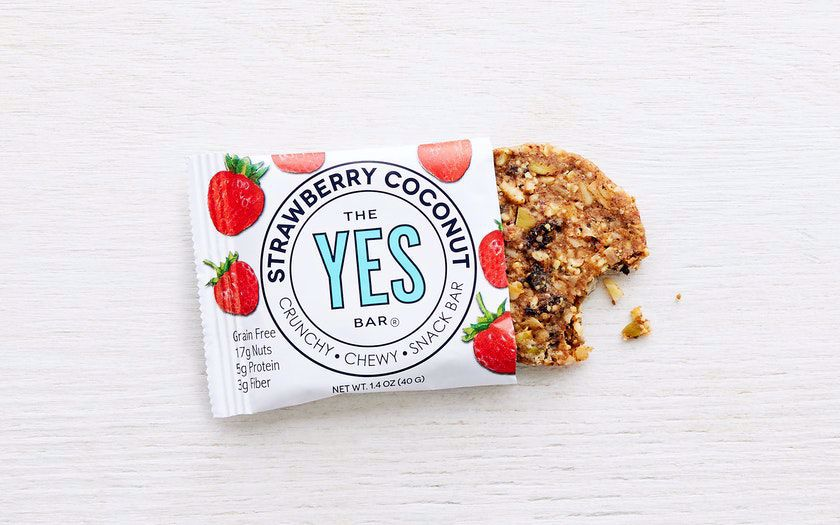 Picture of YES BAR Strawberry Almond Coconut